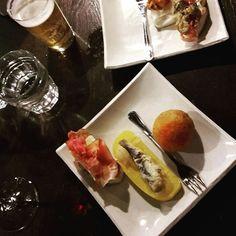 Cichetti time! Venetian pintxo-style bites #delicioso #venice #italy Instagram Widget, Venice Italy, Venetian, Ethnic Recipes, Easy, Food, Style, Swag, Stylus