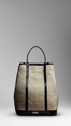 Shop men's bags from Burberry, a runway-inspired collection featuring briefcases and backpacks, as well as crossbody and tote bags for men. Burberry Handbags, Prada Handbags, Fashion Handbags, Fashion Bags, Burberry Bags, Mens Catalogue, Men's Totes, Burberry Prorsum, Jute Bags