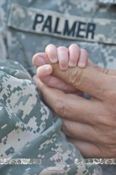 Newborn Military photography by SDW Photography