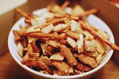 RECIPE: Holiday Garlic Baked Chex Mix