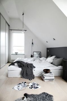 Quarto casal minimalista/ escandinavo