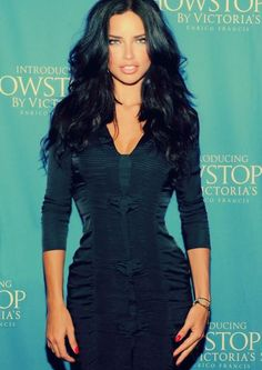 Adriana Lima os the person i would love to look just like so pretty!!