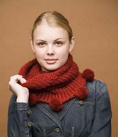 Ravelry: Knifty Knitter Cowl with Pom-Poms pattern by Lion Brand Yarn