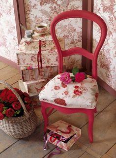 Textil design on pinterest chemises textiles and for Tissu pour recouvrir chaise
