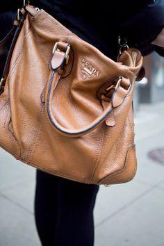 Prada Outlet Mk Handbags, Prada Handbags Price, Handbags Michael Kors,  Louis Vuitton Handbags 47d53768e1