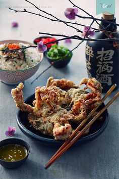 There's a vicious rumour circulating about the traps that I'm sure all of us have been caught up in – that making tempura soft shell crab is prohibitively difficult. So difficult that it's one of those dishes that you can only order in restaurants, or unless you are in with some serious Japanese culinary crowd. It's too exotic, too delicate, and if it's that hard, who has the time to even give it a go. Well here's the secret – it's not. In fact, almost the opposite is true. It's easy t...