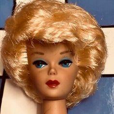 STUNNING! VINTAGE BLONDE Bubble Cut Barbie Doll Mint! *1DAY* - $30.00 | PicClick Midge Barbie Doll, Play Barbie, Mattel Dolls, Vintage Barbie Dolls, Honey Blonde Hair, Blonde Hair Blue Eyes, Brunette To Blonde, Vintage Redhead, Beautiful Black Hair