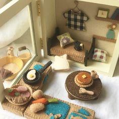 Barbie Dolls Diy, Diy Doll, Doll Crafts, Sewing Crafts, Felt Food, Hand Embroidery Patterns, Felt Diy, Felt Dolls, Craft Gifts