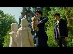 Behind the Scene of MISS PEREGRINEs Home For Peculiar Children Tim Burton   2016 - YouTube