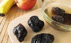 Dörrpflaumen sind äusserst köstliche Trockenfrüchte mit herausragenden gesundheitlichen Auswirkungen. Sie sind reich an phenolischen Antioxidantien und wirken sich derart positiv auf die Darmgesundheit aus, dass sie vor Darmkrebs schützen können.
