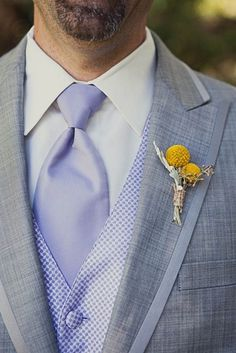 light grey suits for the groomsmen