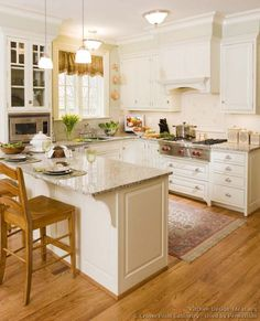 #Kitchen Idea of the Day: Traditional White Kitchens. (By Crown Point Cabinetry)