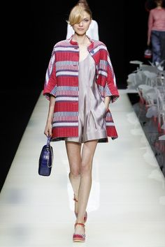 Giorgio Armani - Spring/Summer 2016 Ready-To-Wear - MFW (Vogue.co.uk)