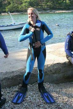 Scuba Diving Cancun, Best Scuba Diving, Scuba Diving Gear, Scuba Wetsuit, Diving Wetsuits, Diving Lessons, Triathlon Wetsuit, Technical Diving, Diving Regulator
