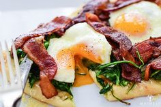 Naan flatbread with gruyere cheese, spinach, bacon and fried eggs