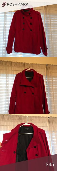 Gap women's wool pea coat Barely worn Gap pea coat size M. Very warm and stylish! GAP Jackets & Coats Pea Coats