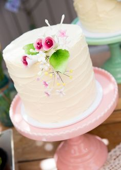 Buttercream Cake - I love that buttercream cakes have made such a comeback! Who needs fondant?