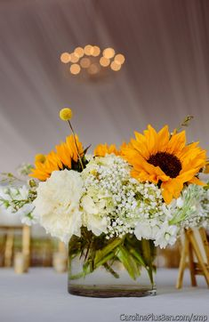 nice 25 Creative Floral Designs with Sunflowers Centerpieces https://viscawedding.com/2017/03/27/25-creative-floral-designs-sunflowers-centerpieces/