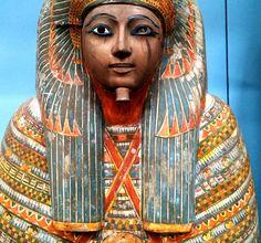 https://flic.kr/p/nAzKNz | Coffin and Mummy, Egyptian, 22nd Dynasty, British…