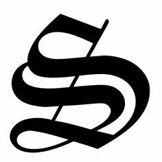 tatuaggio S stile gotico