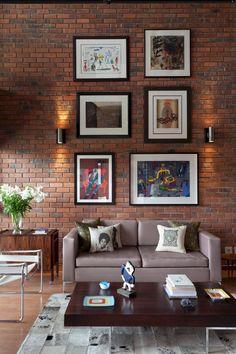Stylish 34 Extraordinary Brick Loft Apartments Design Ideas For Amazing Apartment Interior Brick Wall Living Room, Brick Interior, House Interior, Home, Brick Interior Wall, Home Decor Styles, Brick Wall Decor, Apartment Interior, Apartment Decor