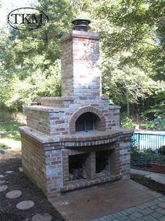 Brick pizza oven - maybe someday? Stone Pizza Oven, Build A Pizza Oven, Diy Pizza Oven, Pizza Ovens, Brick Oven Outdoor, Pizza Oven Outdoor, Outdoor Stone, Bread Oven, Bread Pizza
