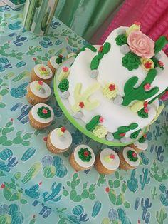 Cactus Birthday Cake Granito de Azucar PR