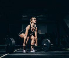 Best German Volume Training Program For Beginners - BFG Muscle Split Workout Routine, Shoulder Workout Routine, Best Shoulder Workout, Bodybuilding Training, Bodybuilding Workouts, Weightlifting For Beginners, Workout For Beginners, How To Do Deadlifts, Beginner Weight Lifting Program