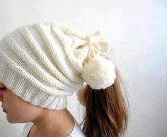 Beyaz örgü bayan bere modelleri