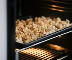 Sweet and Salty Popcorn // Pureharvest