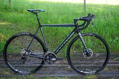 2016-Cannondale-CAAD12-alloy-road-bike