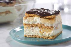 Pastel sin hornear estilo ecláir con crema de plátano. Receta super fácil y deliciosa!  Visita http://www.comidakraft.com/sp/giro Y participa con el tag  #SorteoGirosdeKraft  Tienen premios padrísimos