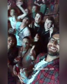 #instagramstories by @barone_piero with @babsvitali and #friends #concertnight #maxnekrenga #unipolarena #bologna #ilvolo #ouredit
