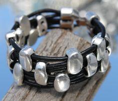 wide black leather multistrand Bracelet von myDemimore auf Etsy