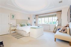 The '30s certainly had IT in spades & with today's modern refinements, this bedroom is a peaceful retreat- Nov '15