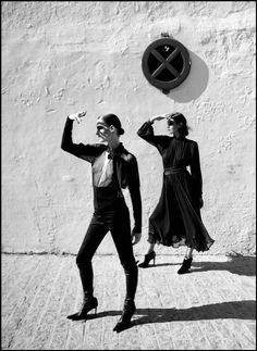 Ferdinando Scianna Spain,Seville:fashion story for Traveller with Anna-Flore TRICHINO and Adela HYNES. ©Ferdinando Scianna/Magnum Photos