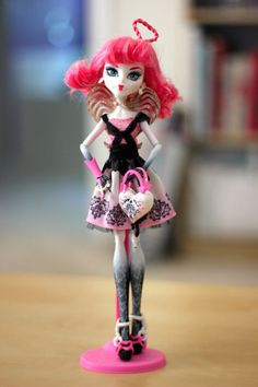 MONSTER HIGH Sweet 1600 C.A. Cupid Daughter of Eros DOLL!