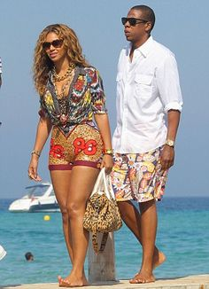 beyonce, jay-z and daughter blue ivy carter on holiday in saint tropez, july 2012 Ibiza Outfits, Beyonce Style, Beyonce And Jay Z, Beyonce Family, Destiny's Child, Gi Joe, Rihanna, King B, Blue Ivy Carter
