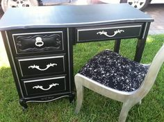 desk black and silver- this would be cute for a sewing desk