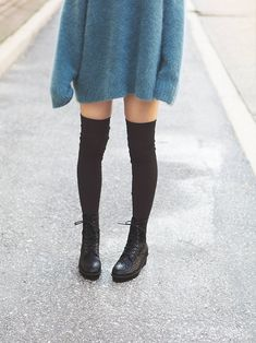 thigh-high socks thigh-high stockings tights /BeOnlyOne Spring Summer Outfits Summer Spring Fashion Young Professional Clothes Classy Stylish Outfits Modest Fashion Outfits Apostolice Fashion Day To Night Grunge Outfits, Grunge Fashion, Look Fashion, Japan Fashion, India Fashion, Street Fashion, Mode Punk, Lace Up Boots, Diane Von Furstenberg