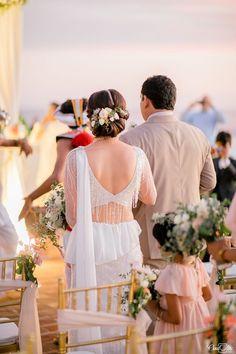 Dream Wedding Dresses, Bridal Dresses, Flower Girl Dresses, Desi Wedding, Saree Wedding, Bridesmaid Saree, Bridesmaids, Wedding Guest Style, Wedding Stuff