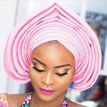 """159 Likes, 2 Comments - Aso Ebi (@asoebispecial) on Instagram: """"🌸 #asoebispecial #asoebi #speciallovers #makeup #wedding @efepearl in @sissymemecouture"""""""