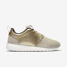 Nike Roshe One Premium Suede Women's Shoe. Nike.com