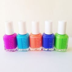 Essie nail colors I like the peach Essie Nail Polish, Nail Polish Colors, Essie Colors, Nail Nail, Gel Polish, Hot Nails, Hair And Nails, Manicure Y Pedicure, Pretty Nails