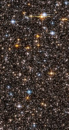 Over stars, across light years of the Milky Way Galaxy, as seen by the Hubble space telescope, February 2004 Cosmos, Hubble Space Telescope, Space And Astronomy, Astronomy Stars, Telescope Craft, Nasa Stars, All Nature, Science And Nature, Constellations