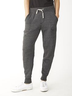 Forget all the old styles of sweatpants and try these jogger pants in signature…