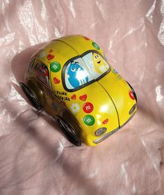 Vintage Rare M&M Candy Tin Car - VW Toy with Moving Wheels and Functions as a Tin Container - Volkswagon Bug Shape
