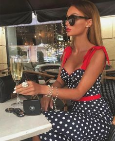 Classy Outfits, Chic Outfits, Dress Outfits, Glam Dresses, Fashion Dresses, Party Dresses, Look Fashion, Womens Fashion, Fashion Design