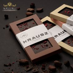 """The Luxury Packaging Of Chocolate Makes Everything Better """"Chocolate is happiness that you can eat. Chocolate Box Packaging, Chocolate Gift Boxes, Chocolate Bark, Dessert Packaging, Food Packaging Design, Packaging Ideas, Luxury Chocolate, Custom Chocolate, Homemade Chocolate Bars"""