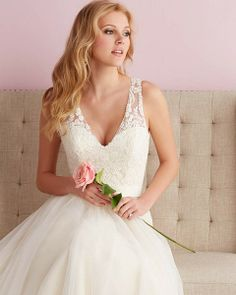 FTW Bridal Wedding Dresses Wedding Dresses Online, Wedding Dress Plus Size, Collection features dresses in all styles as well as more traditional silhouettes. Customize your bridal gown now! V Neck Wedding Dress, 2016 Wedding Dresses, Princess Wedding Dresses, Wedding Attire, Wedding Gowns, Bridesmaid Dresses, Dresses 2014, Tulle Wedding, Chic Wedding